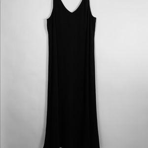 EILEEN FISHER BLACK SILK V-NECK MAXI DRESS
